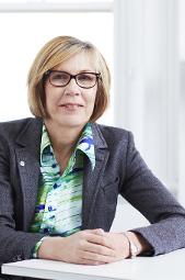 Dr Elaine Saunders 2012